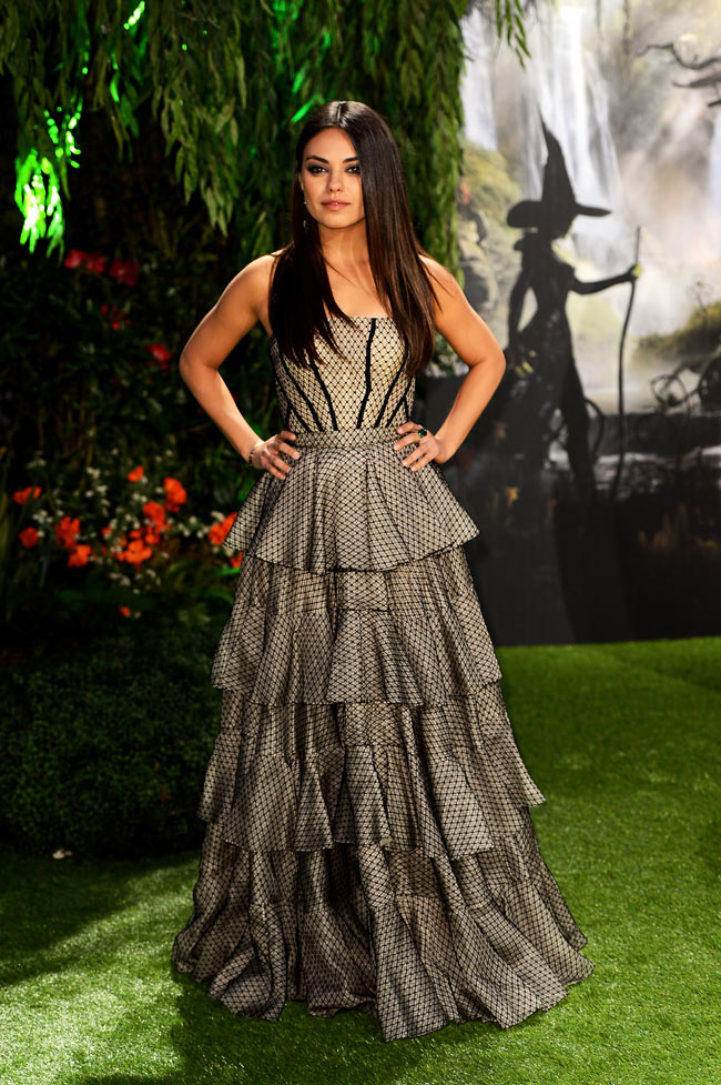 Mila Kunis3 Mila Kunis in Alexander McQueen at Oz The Great and Powerful London Premiere