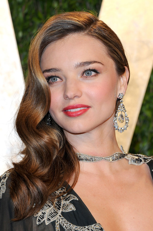 Miranda Valentino4 Miranda Kerr in Valentino Haute Couture at the 2013 Vanity Fair Oscar Party