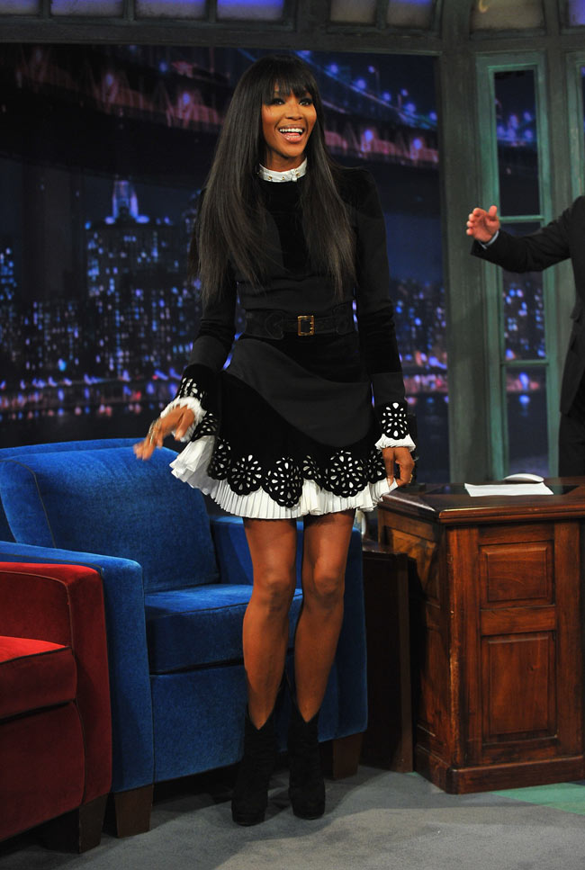 Naom Campbell3 Naomi Campbell in Alexander McQueen at Late Night With Jimmy Fallon