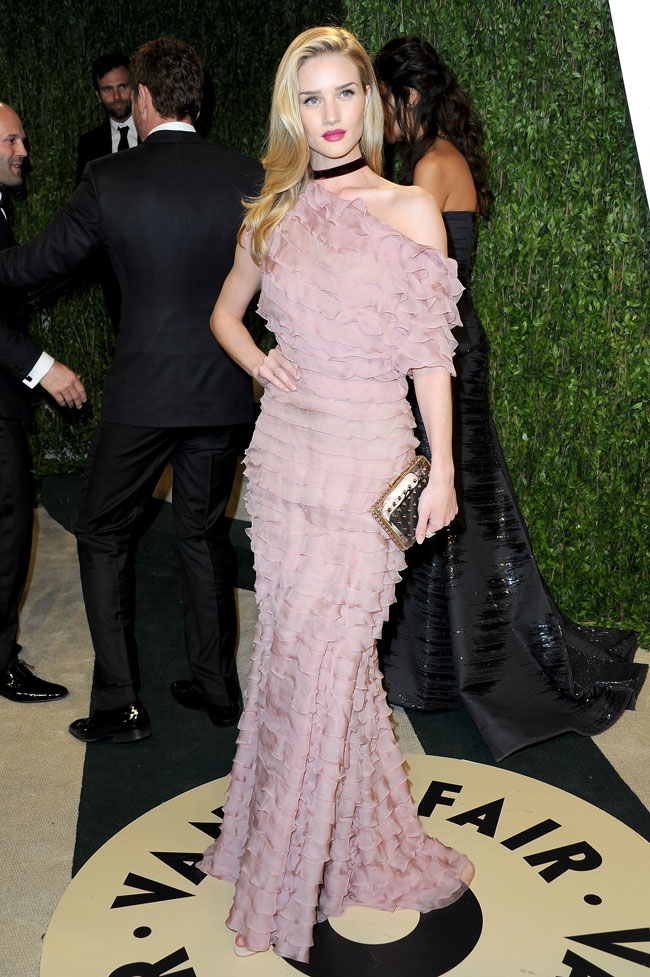 Rosie Valentino1 Rosie Huntington Whiteley in Valentino Haute Couture at the 2013 Vanity Fair Oscar Party