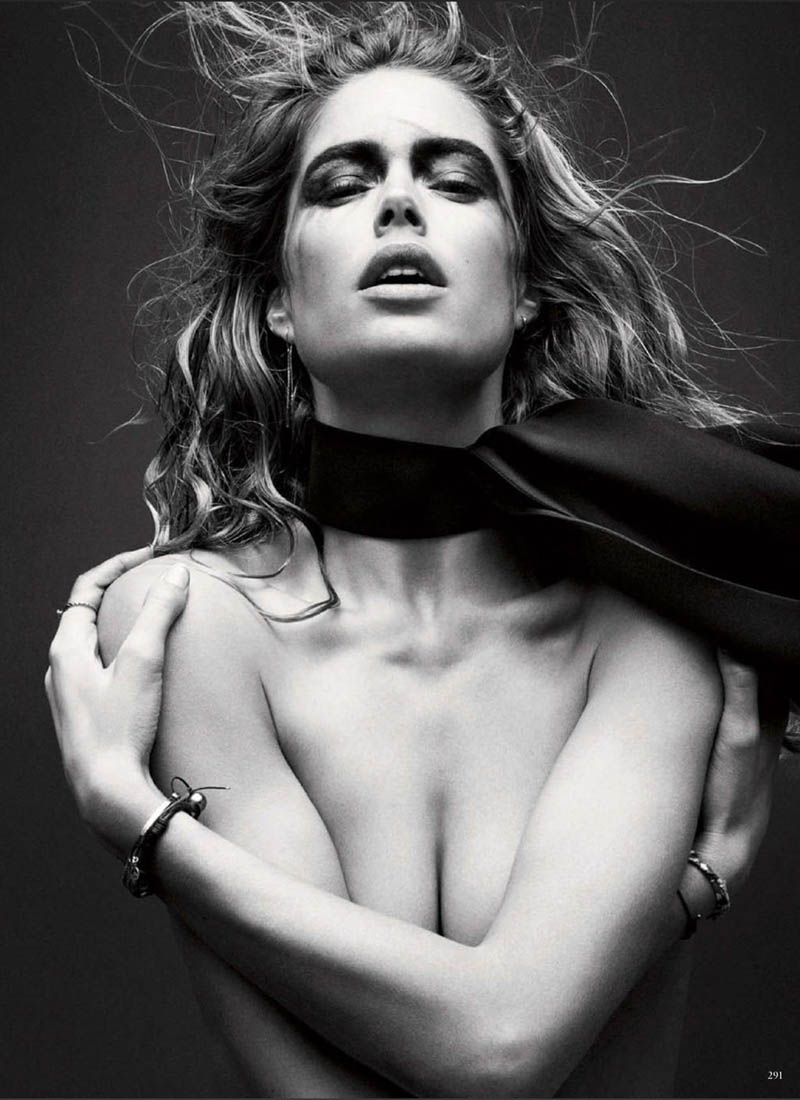 doutzen kroes vogue shoot10 Doutzen Kroes Stuns in Vogue Germanys March Issue by Daniel Jackson