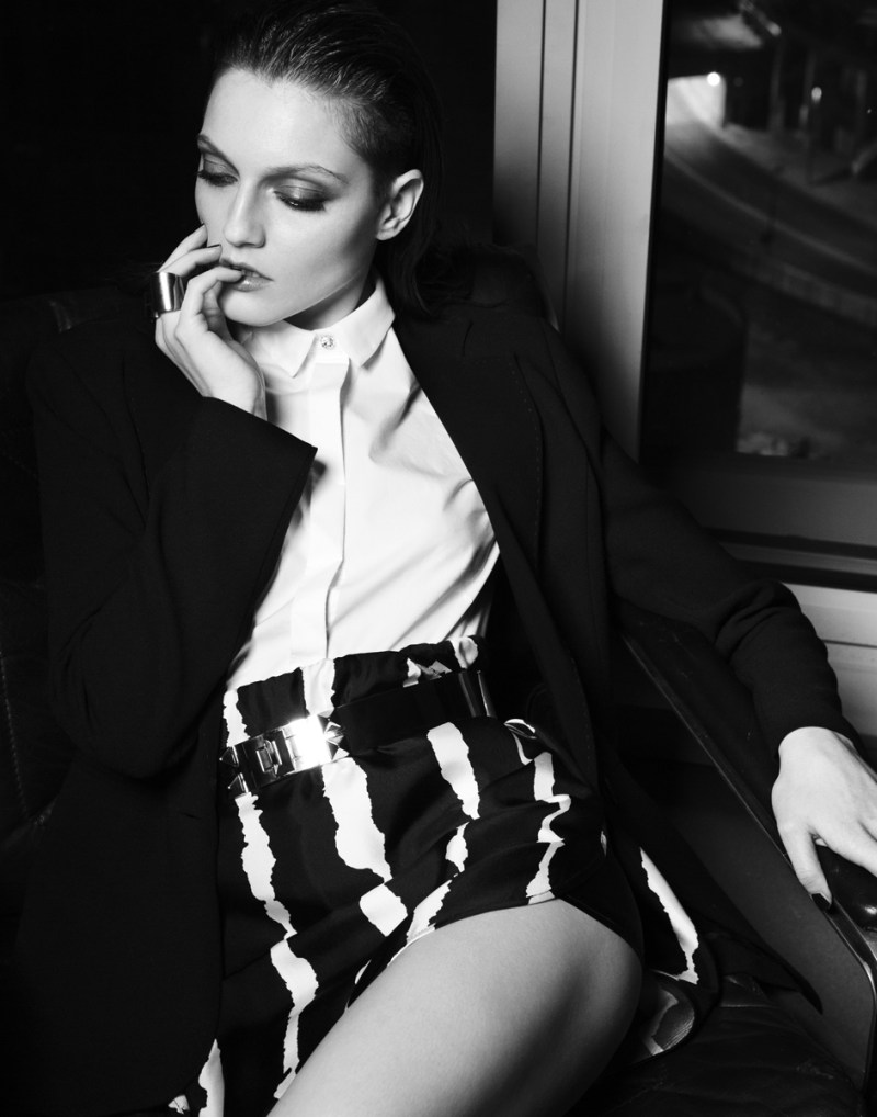 gianluca fontana notturno13 Helena Babic is Tuxedo Chic for Io Donna by Gianluca Fontana