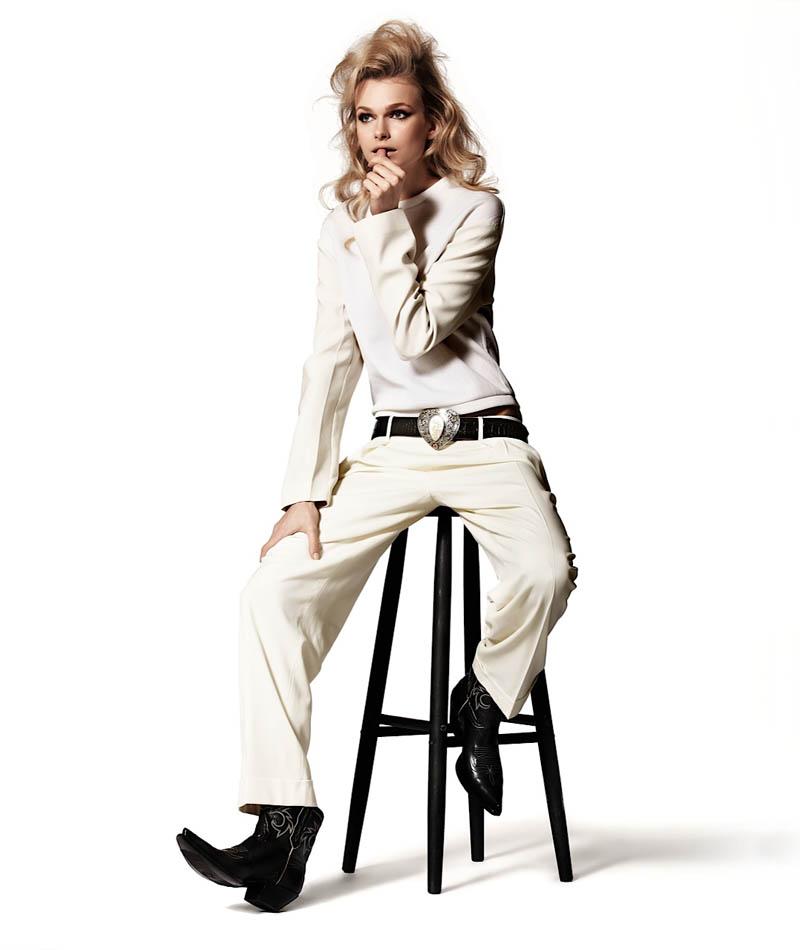 Karo Mrozkova is Cowgirl Cool for Harper's Bazaar en Español by Alexander Neumann