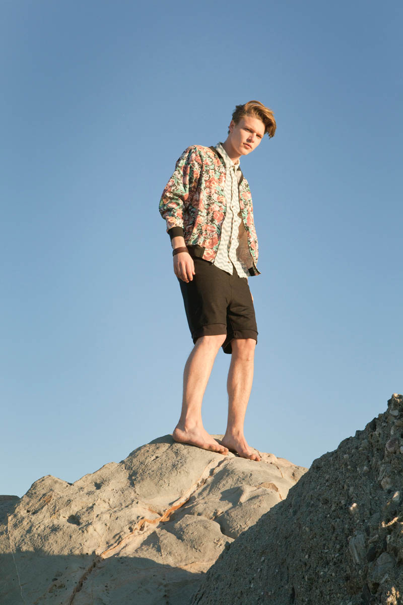 wasteland lookbook17 Wasteland Hits the Beach for its February Lookbook Starring Teresa Oman