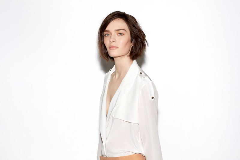zara february lookbook14 Zara Taps Sam Rollinson for its February Lookbook