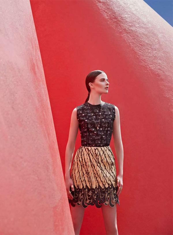 BazaarLA3 Vasilisa Pavlova Models Sleek Spring Style for Harpers Bazaar Latin America