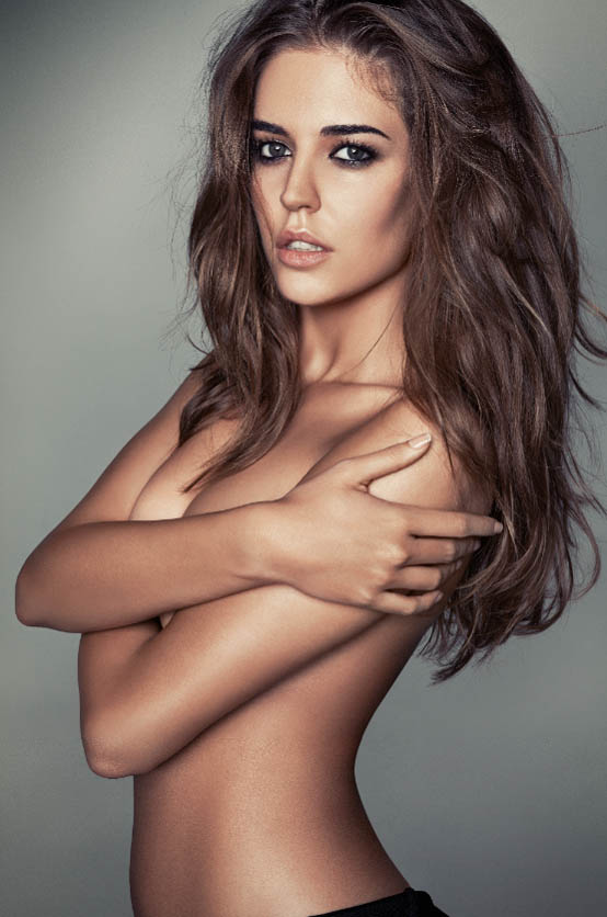 ClaraAlonsoGQ3 Clara Alonso Sizzles in GQ Russias April Issue