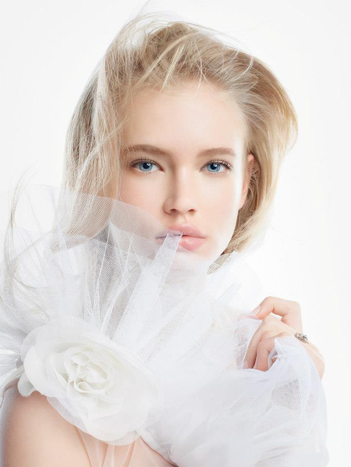 DiorSnow7 DiorSnow Enlists Emma Landen for Spring 2013 Campaign