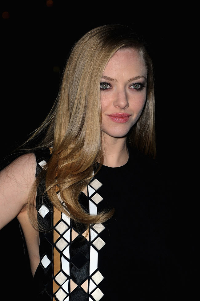 Givenchy Amanda Seyfried2 Amanda Seyfried in Givenchy at the Givenchy Fall/Winter 2013 Show