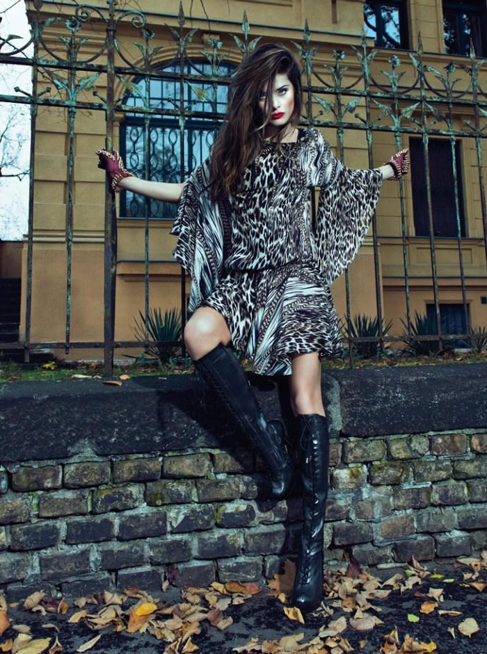 IsabeliMorenaRosa19 Isabeli Fontana Rocks Glamorous Style for Morena Rosa Fall 2013 Campaign