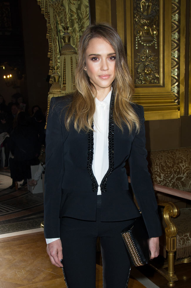 Jessica Alba3 Jessica Alba in Stella McCartney at the Stella McCartney Fall/Winter 2013 Show