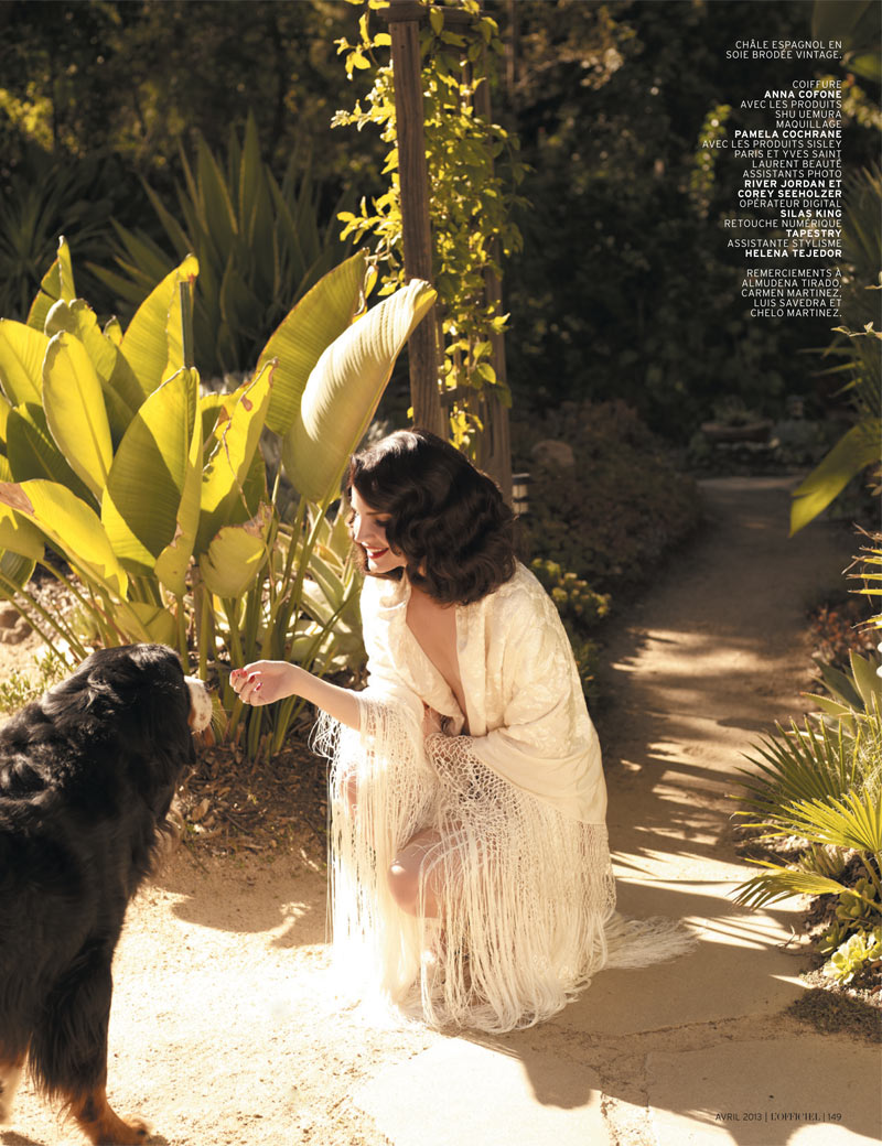 LanaDelReyLofficiel14 Lana Del Rey Gets Romantic for LOfficiel Paris April 2013 Cover Shoot