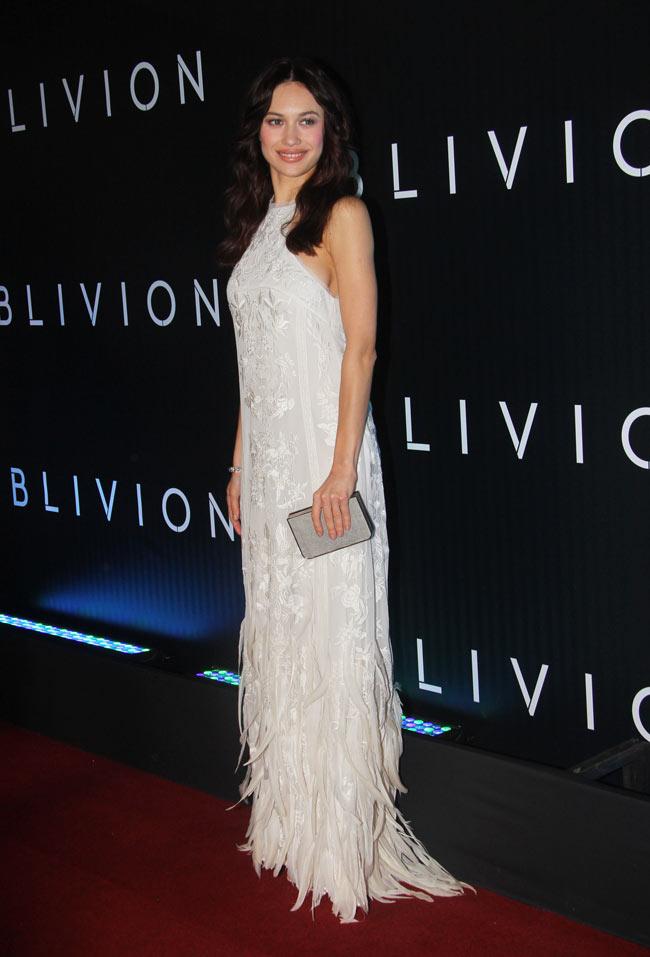 "Olga Kurylenko in Emilio Pucci at the ""Oblivion"" Rio de Janeiro Premiere"