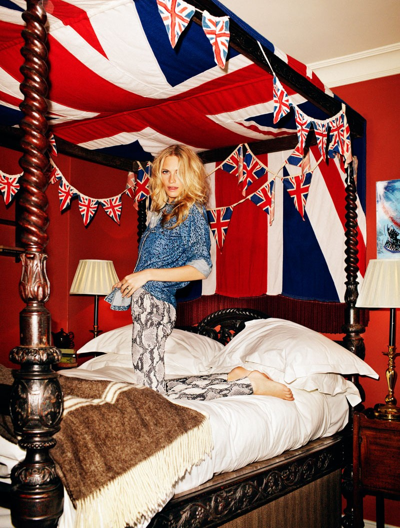 PoppyDelevingneElle2 Poppy Delevingne is Fun and Flirty for Xavi Gordo in Elle Spain April 2013