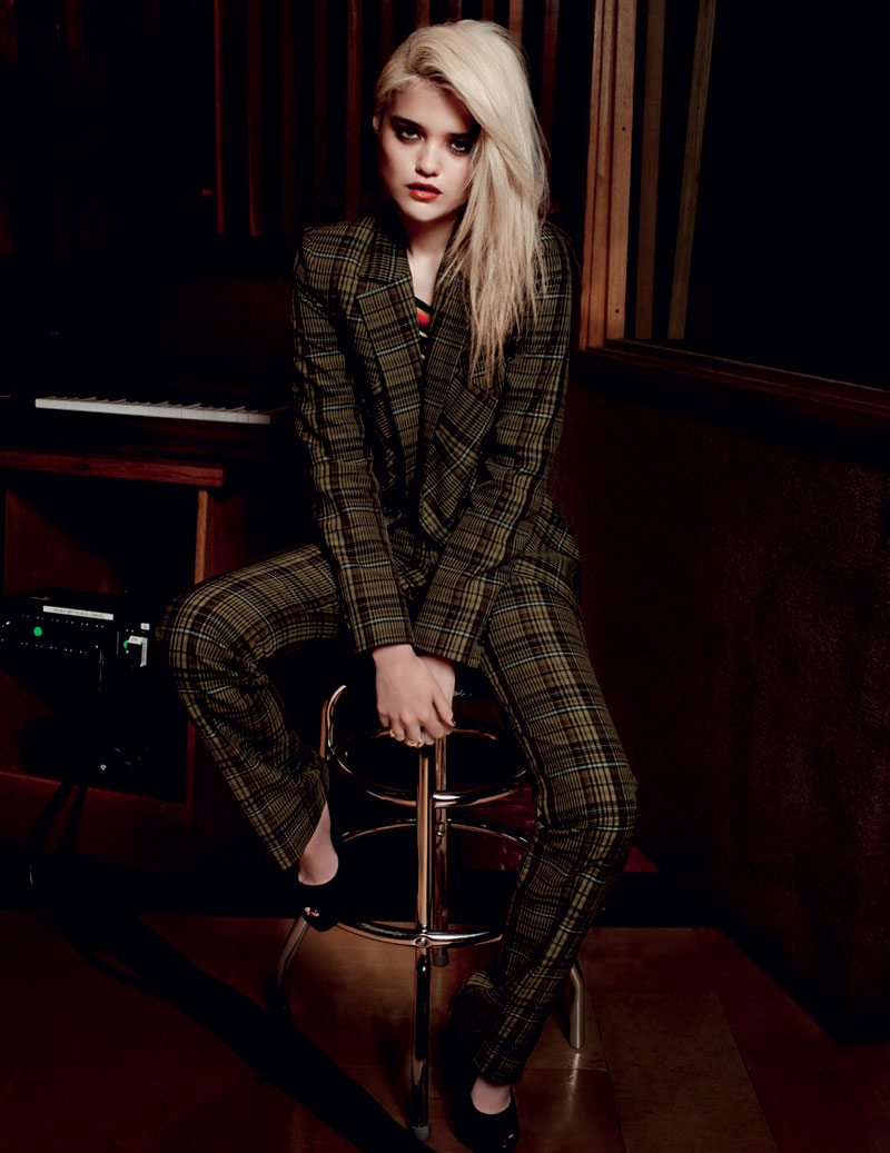 Sky Ferreira Stars in L'Officiel Netherlands March 2013 Cover Shoot