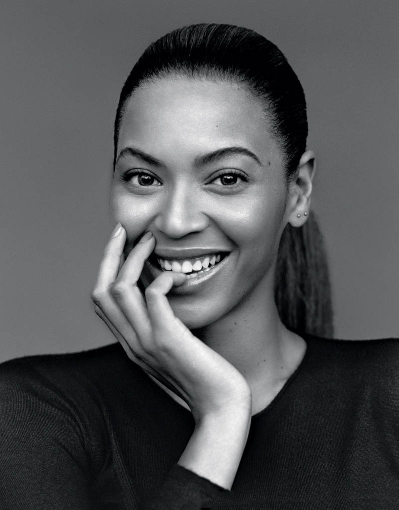 beyoncemag1 Beyonce Poses for Alasdair McLellan in The Gentlewoman S/S 2013