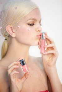 daphne-dior-gloss-video