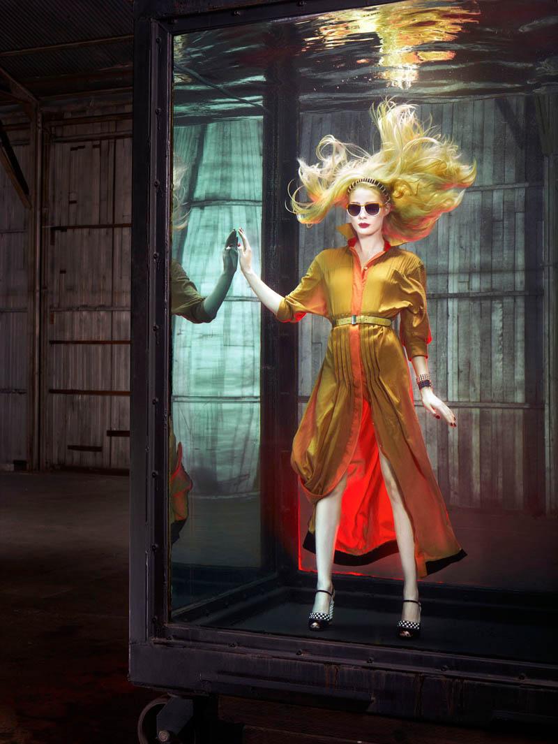 douglas friedman vogue italia3 Douglas Friedman Captures Underwater Style for Vogue Italia March 2013