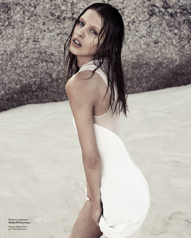 honer akrawi grazia3 Julia Frauche Hits the Beach for Grazia France by Honer Akrawi