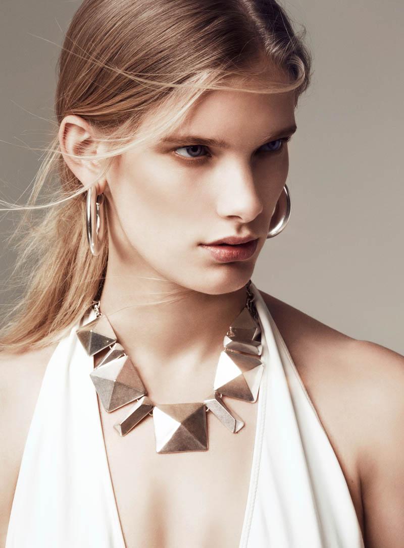 Ilse de Boer Rocks 90's Style for Vogue Turkey March 2013