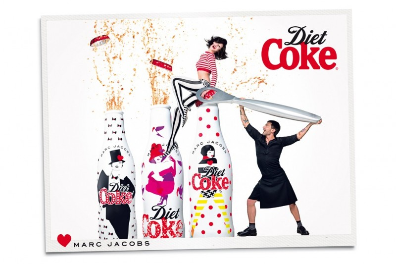 marc jacobs diet coke4 800x533 Marc Jacobs Joins Ginta Lapina for Diet Coke Campaign
