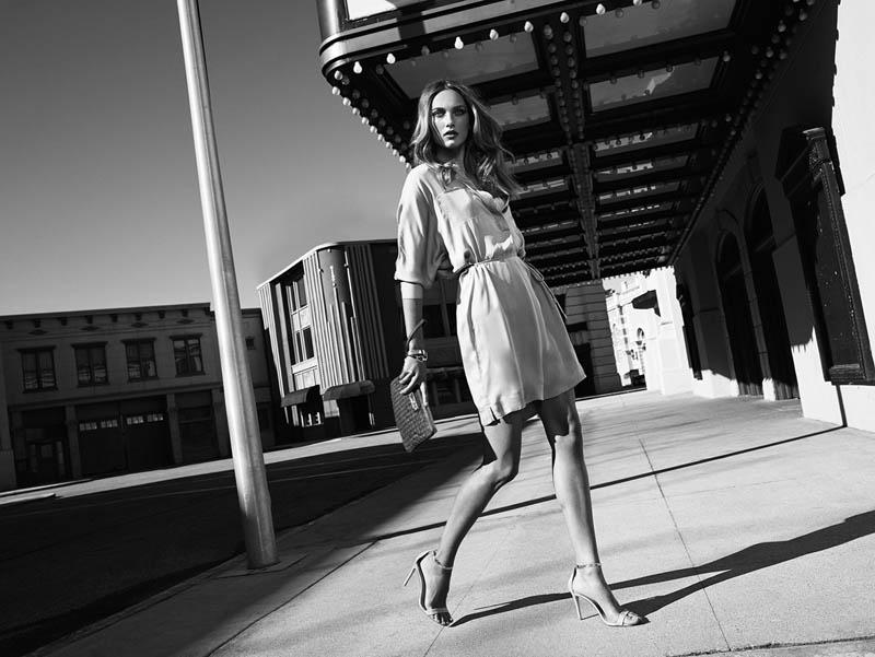 massimo dutti new york8 Karmen Pedaru Fronts Massimo Duttis NYC Campaign by Hunter & Gatti