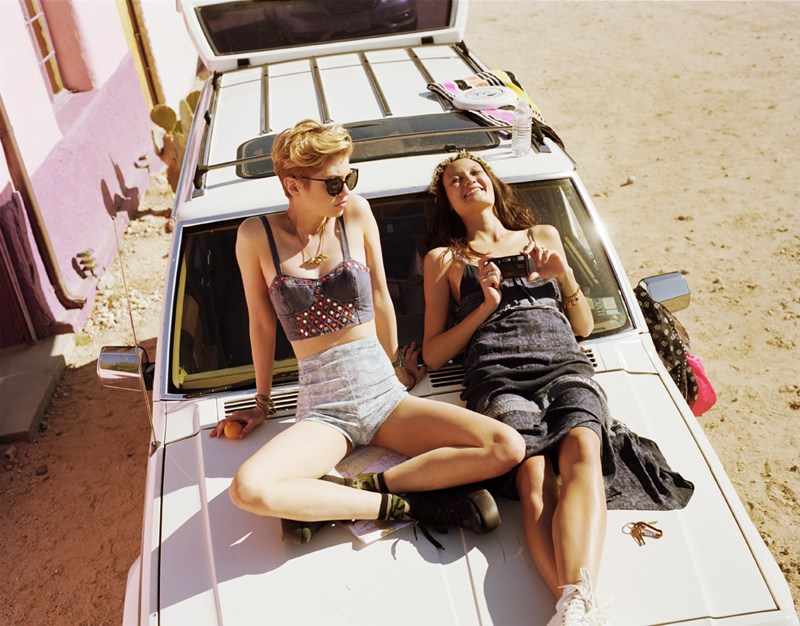 urban outfitters12 Rachel Rutt and Stella Maxwell Go on the Road for Urban Outfitters Festival Lookbook