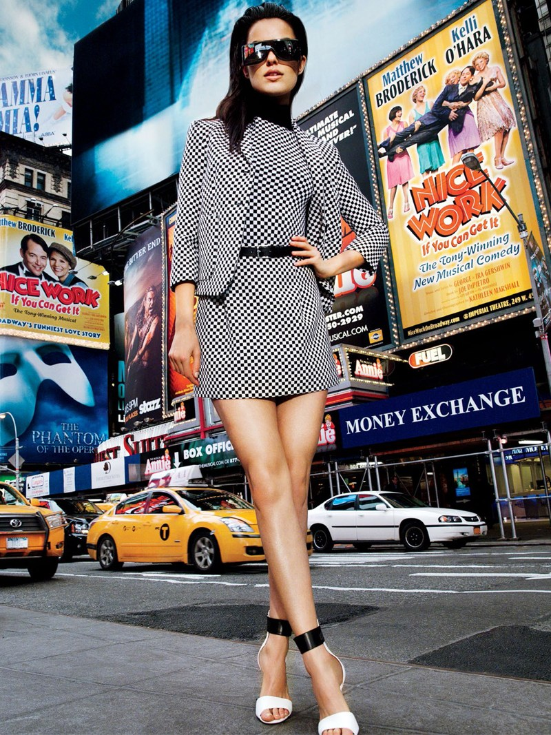 vogue thailand monotones9 Simon Cave Captures Liza Golden in the Big Apple for Vogue Thailand March 2013