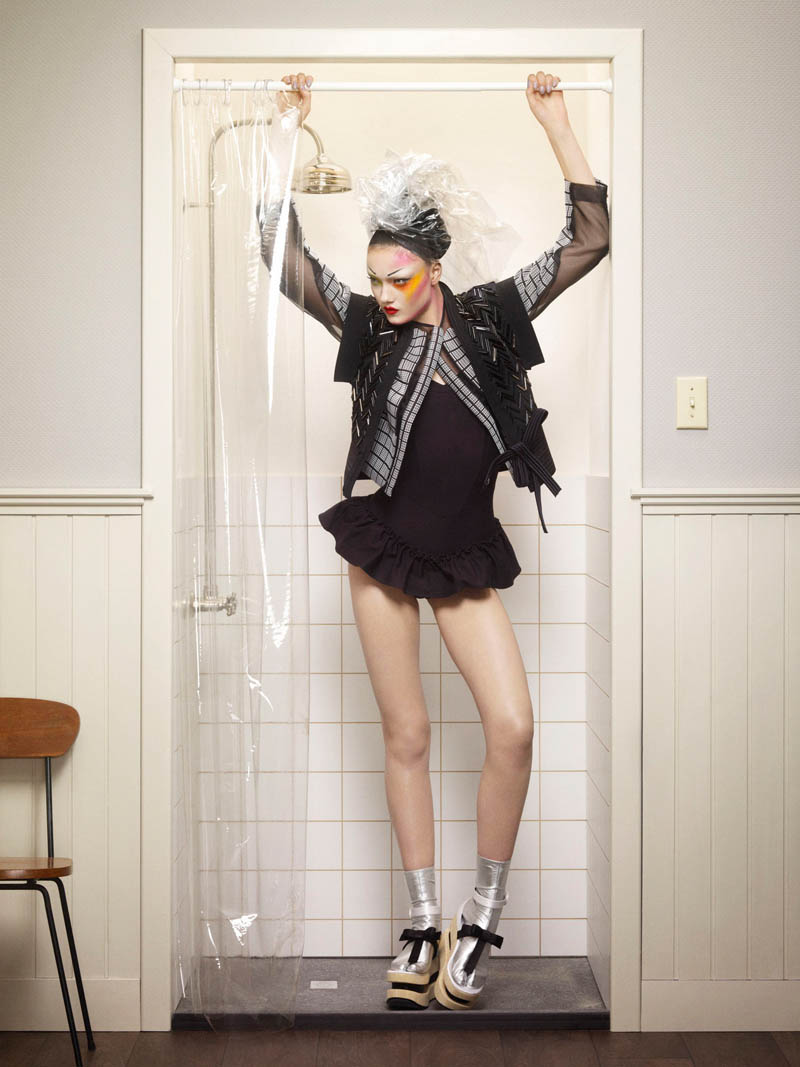 yumi jalouse geisha11 Yumi Lambert is a Pop Geisha for Jalouse March 2013 by Erwin Olaf