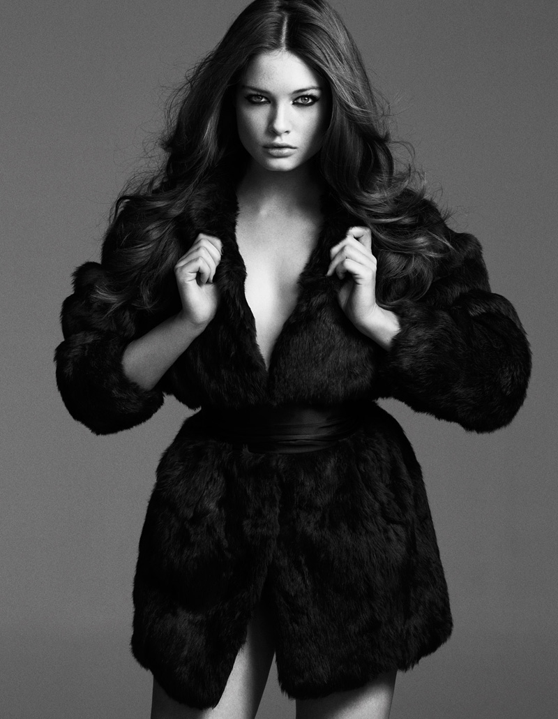 4 Sandrah Hellberg Sizzles In Cafe Magazine May 2013 by Martin Petersson