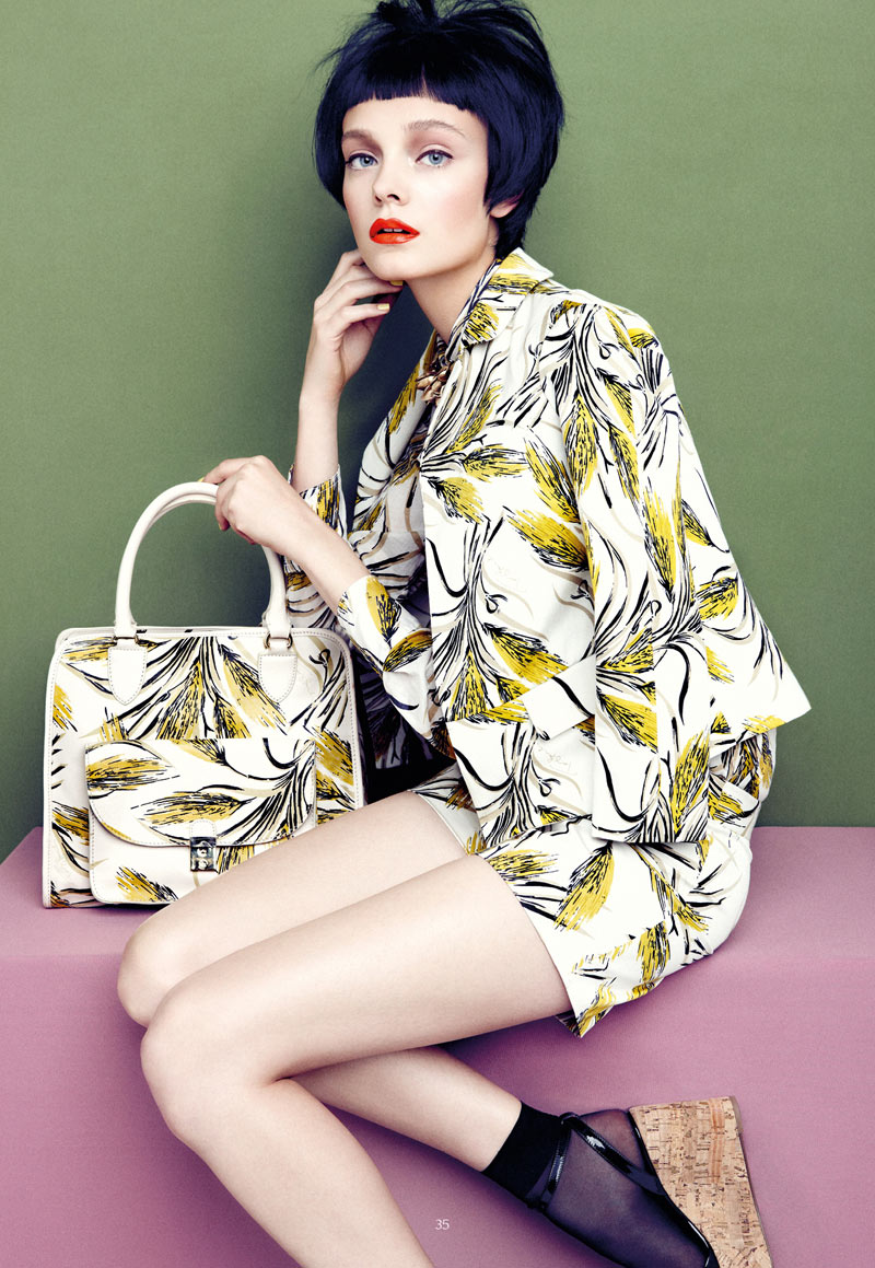 AproposJournalNimueSmit6 Nimue Smit Dons Retro Shades for Apropos Journal Spring/Summer 2013