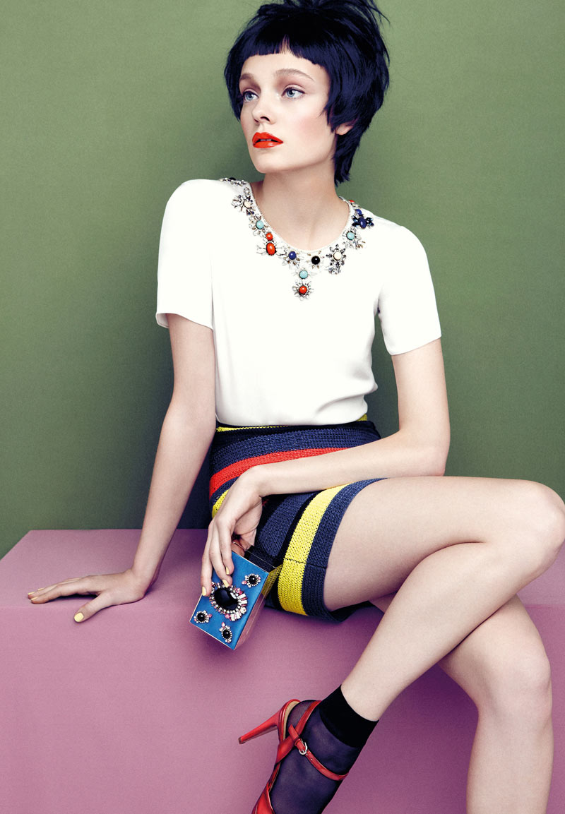 AproposJournalNimueSmit8 Nimue Smit Dons Retro Shades for Apropos Journal Spring/Summer 2013