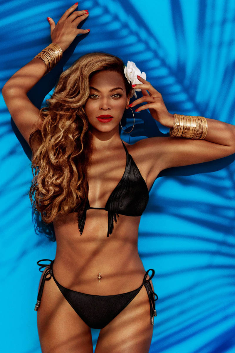 BeyonceHMSummer3 Beyonce Gets Tropical for H&Ms Summer 2013 Campaign