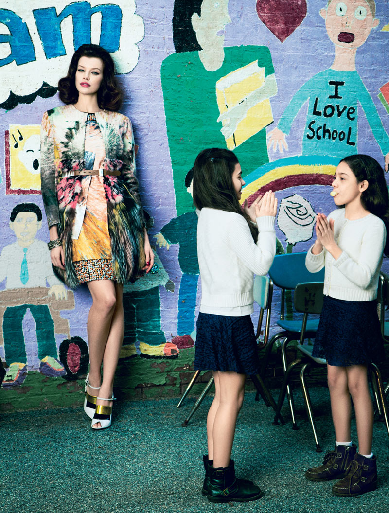 ElleMaestra7 Sarah Ruba Plays a Chic Teacher in Elle Mexicos April Issue by Yossi Michaeli