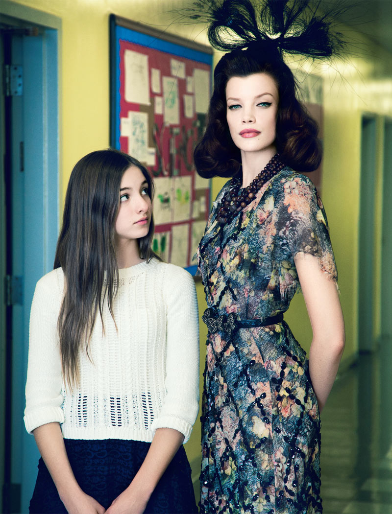 ElleMaestra8 Sarah Ruba Plays a Chic Teacher in Elle Mexicos April Issue by Yossi Michaeli