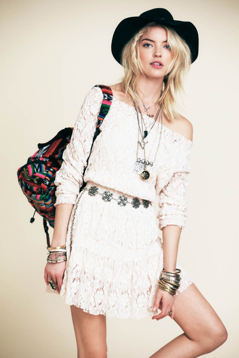 FestivalFreePeople6 Martha Hunt is Ready for Festival Season in Free Peoples New Lookbook