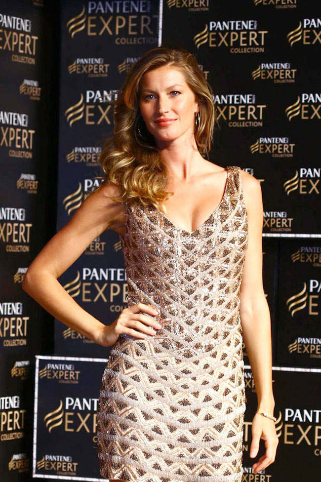 GISELE BUNDCHEN 5 Gisele Bundchen Shows Off Her Tresses at Pantene P&G Event in Sao Paulo