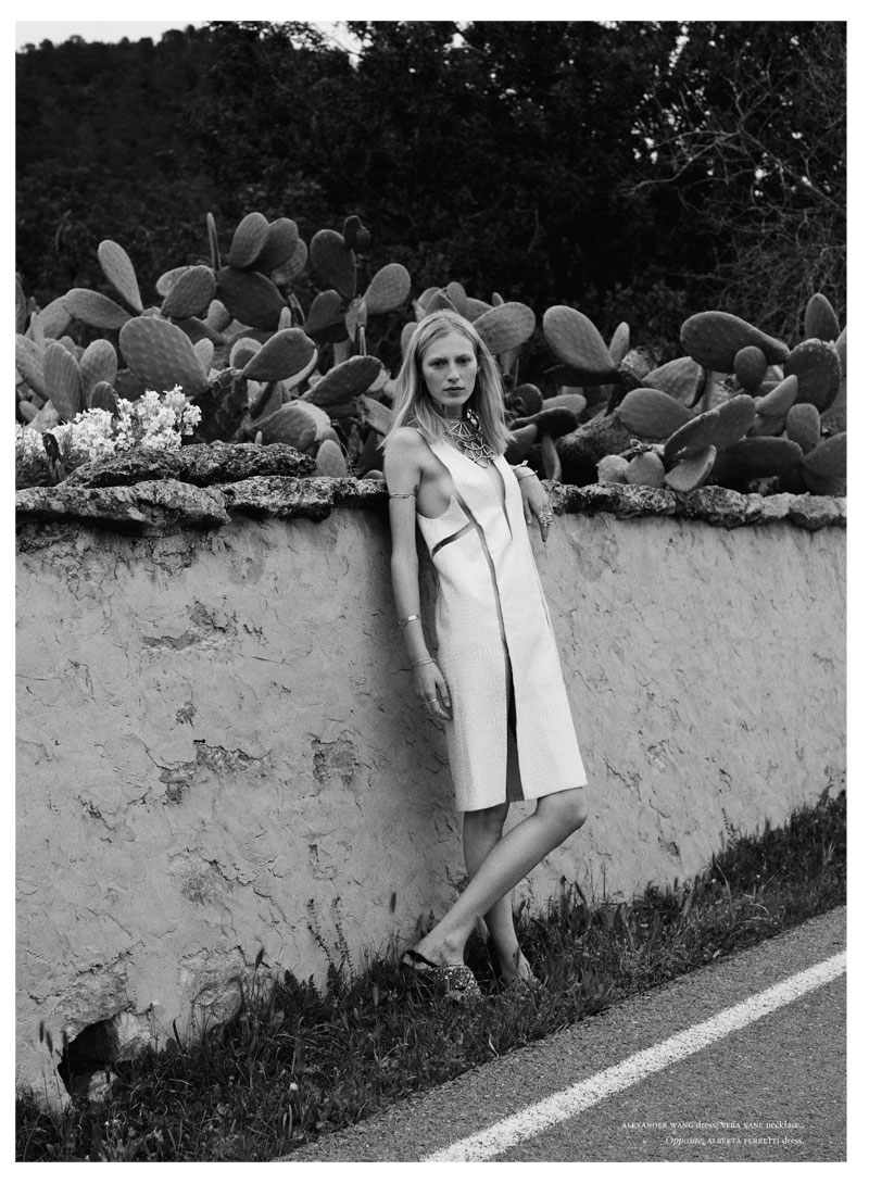 Julia Nobis Keeps it Low-Key in Russh's April/May 2013 Cover Shoot