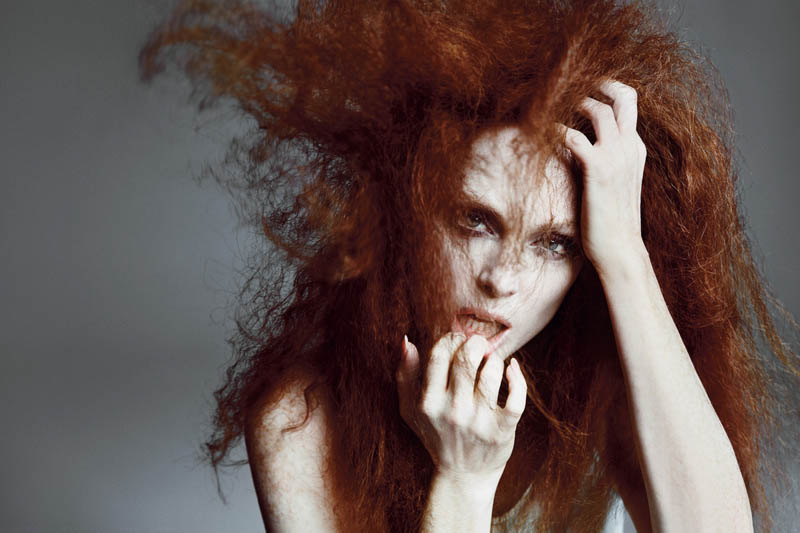 JulianneMooreTMag2 Julianne Moore Gets Dramatic for Inez & Vinoodh in T Magazines Spring Issue