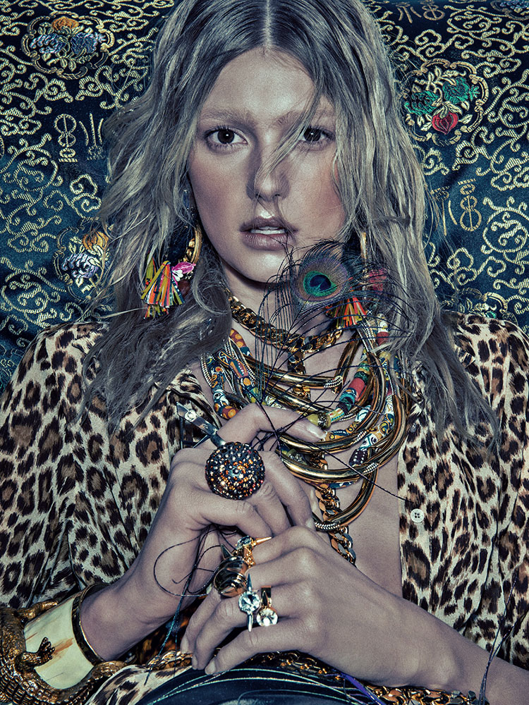 SebastianKimNumero6 Sigrid Agren Models Bold Prints for Numéro #142 by Sebastian Kim