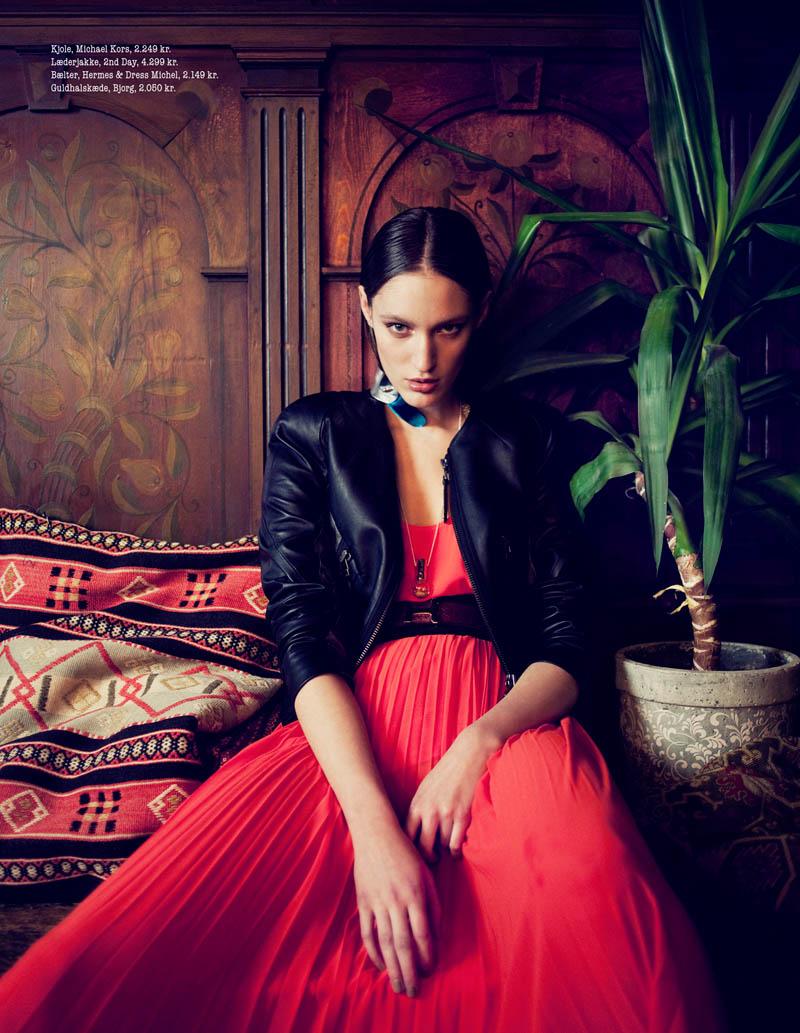 Franzi Mueller is A Romantic Vision In Luxury Aficionados by Waldemar Hansson