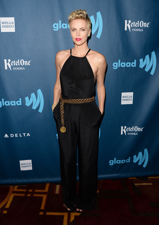 charlize theron1 Charlize Theron Dons Jason Wu at the 24th Annual GLAAD Media Awards