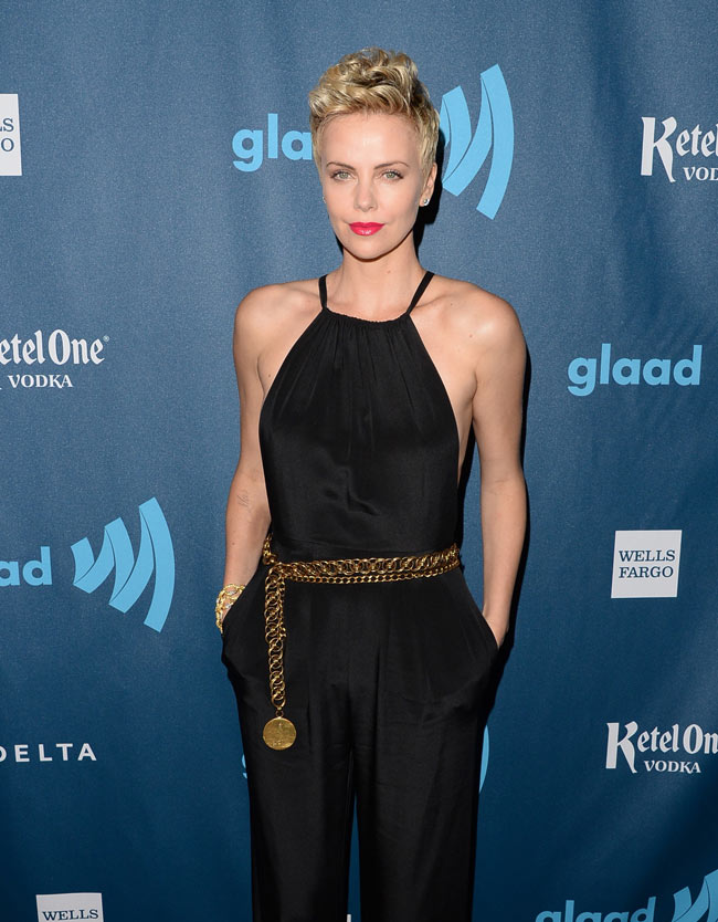 charlize theron3 Charlize Theron Dons Jason Wu at the 24th Annual GLAAD Media Awards