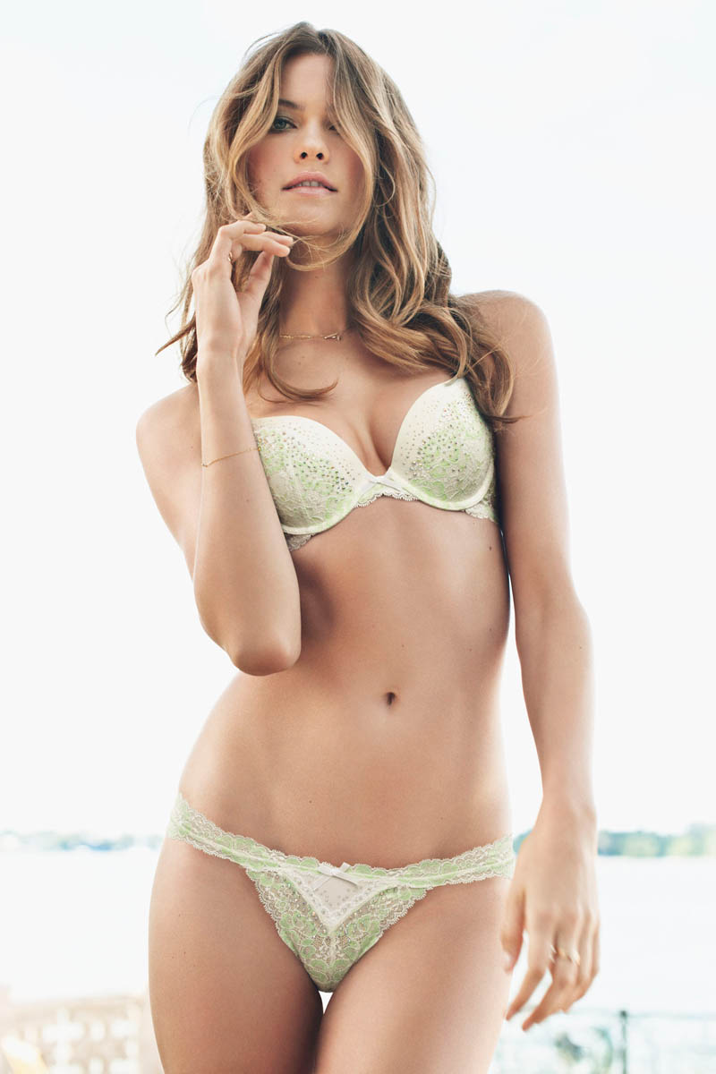 dream angels 2013 behaati prinsloo push up bra victorias secret hi res Candice Swanepoel and Behati Prinsloo Seduce for Victorias Secret Dream Angels