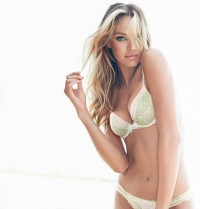 dream-angels-2013-candice-swaanepoel-push-up-bra-victorias-secret-hi-res