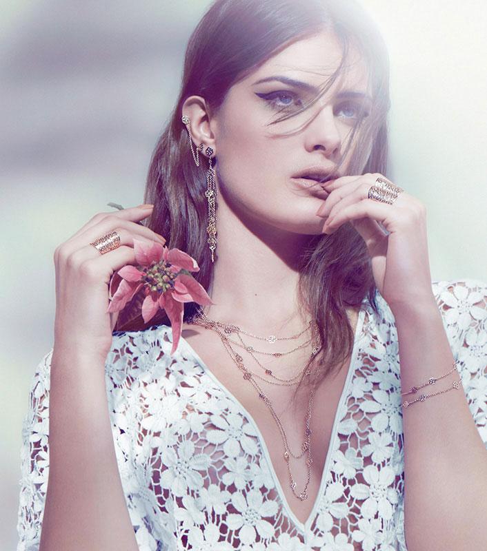 isabeli fontana vivara2 Isabeli Fontana Poses with Flowers in Vivara Jewelry Spring 2013 Campaign