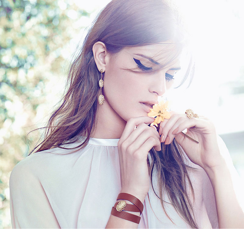 Isabeli Fontana Poses with Flowers in Vivara Jewelry Spring 2013 Campaign