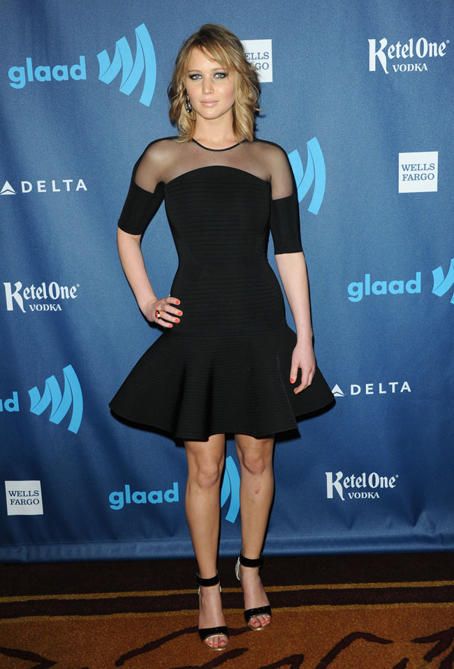 jennifer lawrence david koma4 Jennifer Lawrence Steps Out in David Koma at the 24th Annual GLAAD Media Awards