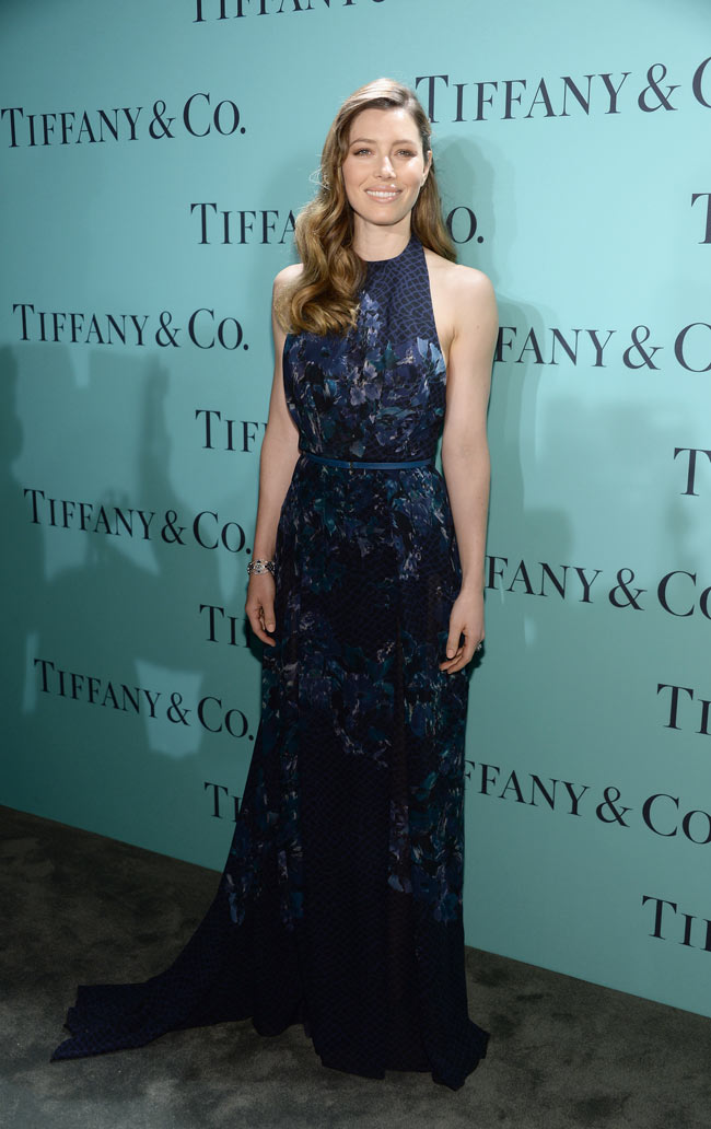 jessica biel1 Jessica Biel Dons Elie Saab Florals at the Tiffany & Co. Blue Book Ball
