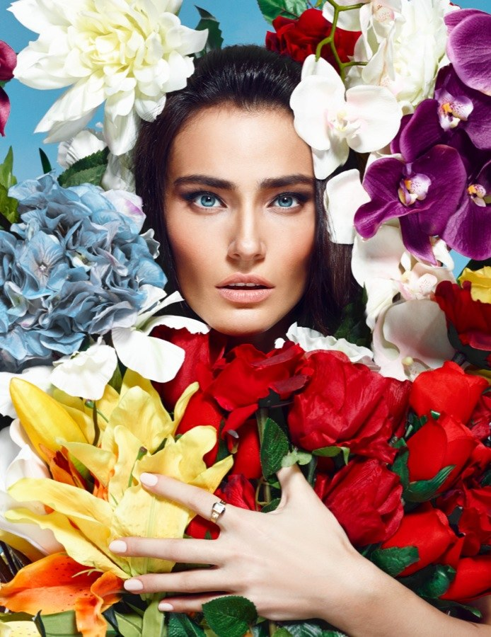 l officiel 006 Saadet Aksoy Stars in LOfficiel Turkey April 2013 Cover Shoot by Emre Guven